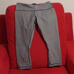 Lululemon crop pants- navy & white- size 8